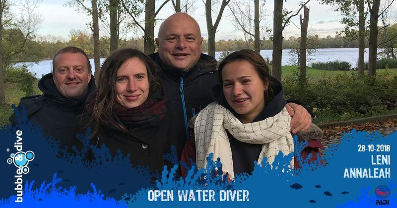 Proficiat Leni en Annaleah met het behalen van jullie PADI Open Water Diver brevet!