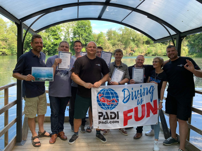 Proficiat Dries,Eric,Hans,Koenraad en Tom! Open Water Scuba Instructors